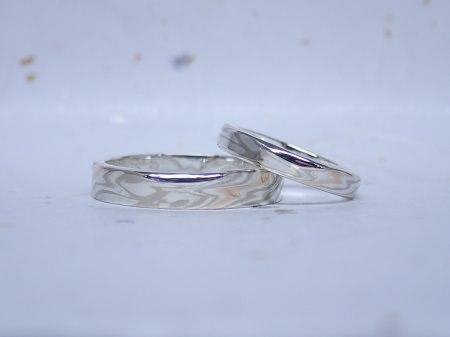 15122705杢目金の結婚指輪_S00401.JPG