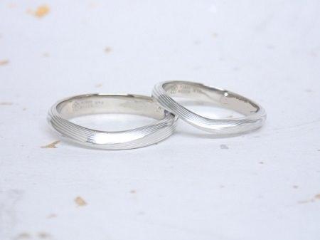 16121501杢目金屋の結婚指輪_G001).JPG