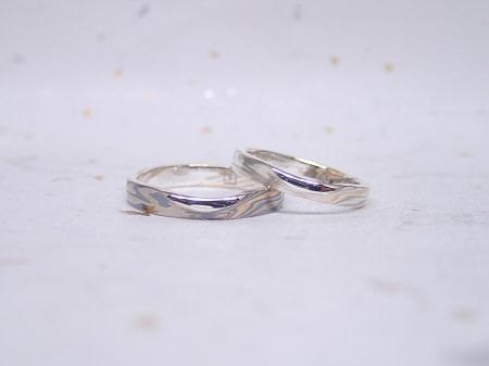 16122401杢目金の結婚指輪_J004.JPG