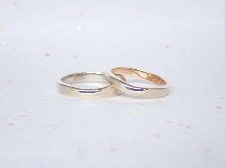 18063002杢目金の結婚指輪_Q004.JPG