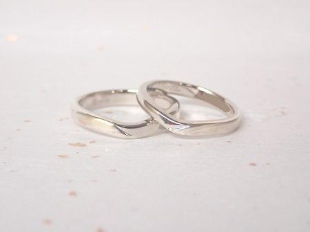 18090804杢目金の結婚指輪_E002.JPG