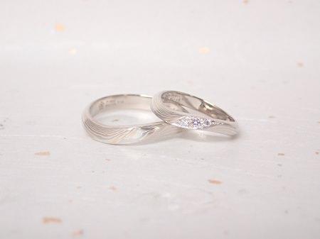 18091301杢目金の結婚指輪_C004.JPG