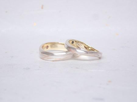18102101杢目金屋の婚約結婚指輪_K005.JPG