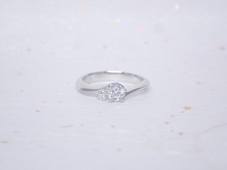 19011901プラチナの婚約指輪_S001.JPG