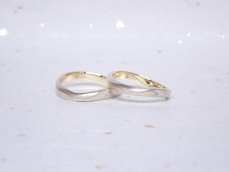 19042501木目金の婚約指輪と木目金の結婚指輪_004②.JPG