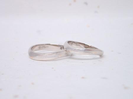 19052601木目金の婚約指輪と結婚指輪_Q004.JPG