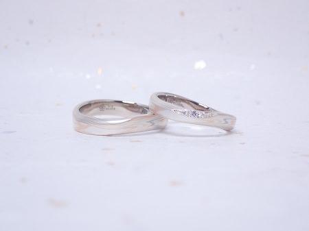 19071401杢目金の結婚指輪_B004.JPG