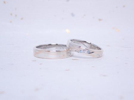 19101401木目金の婚約指輪と結婚指輪A_004.JPG