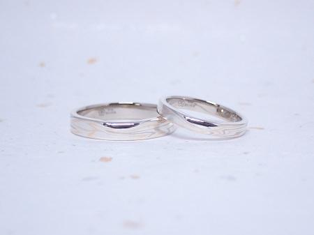 19111101杢目金の結婚指輪_B004.JPG
