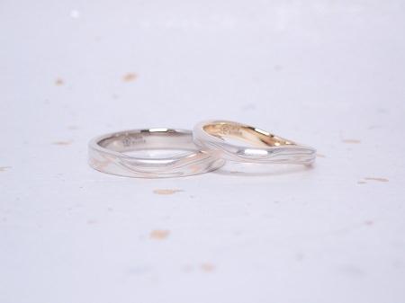 19111601杢目金の結婚指輪_U003.JPG