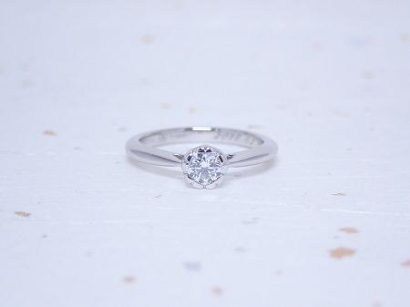 19122901プラチナの婚約指輪と木目金の結婚指輪_A004①.JPG