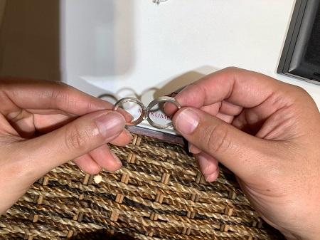 21042703木目金の婚約指輪と結婚指輪‗R001.jpg