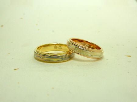 101220杢目金屋の結婚指輪002.jpg