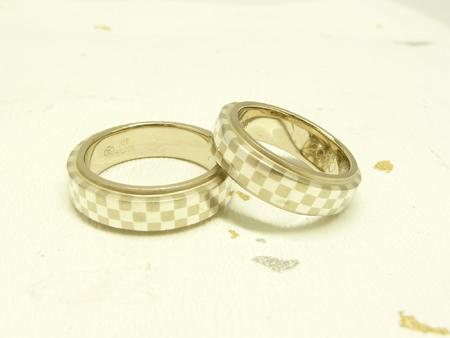 110213寄金細工の結婚指輪_名古屋店002.jpg