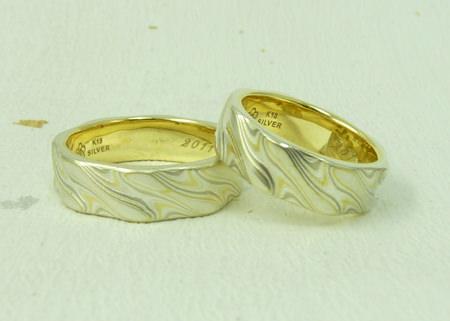 110303グリ彫りの結婚指輪_神戸店002③.jpg
