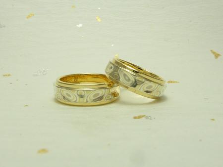 110429グリ彫りの結婚指輪_名古屋店01.jpg