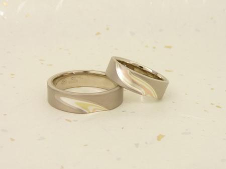 110918 グリ彫りの結婚指輪_名古屋店01.jpg