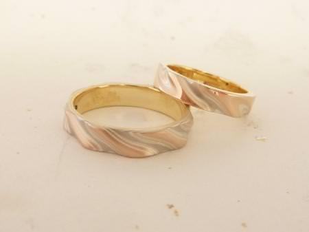 12072601グリ彫りの結婚指輪_U002.JPG