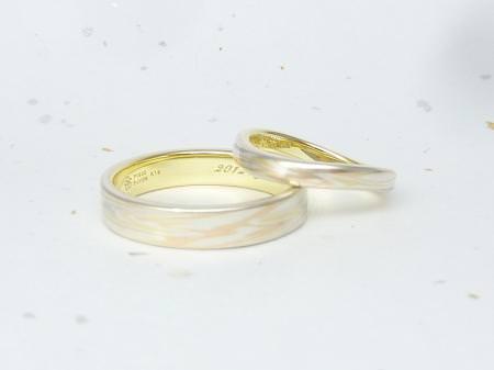 12082601木目金の結婚指輪_広島本店003.JPG