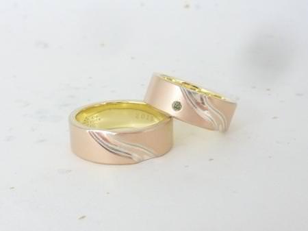 12092903グリ彫りの結婚指輪_千葉店002.JPG