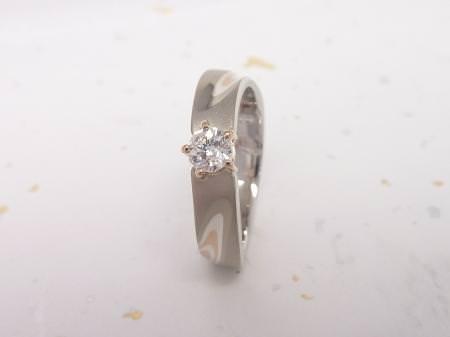 12112302グリ彫りの婚約指輪_M002.JPG