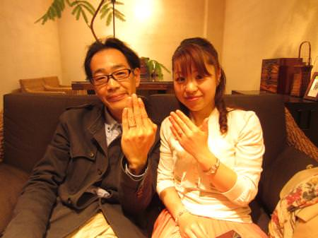 13042801杢目金の婚約・結婚指輪_O001.JPG