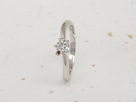 13052601プラチナの婚約指輪と木目金の結婚指輪_U002①.JPG