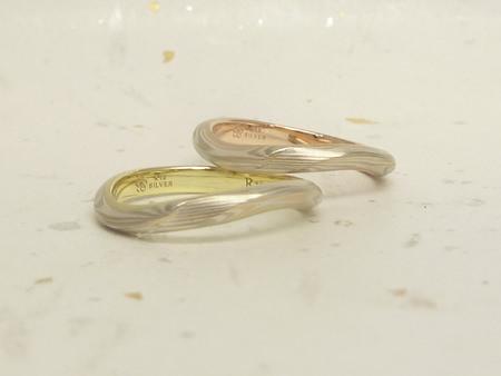 13063002木目金の結婚指輪と婚約指輪_C002②.JPG