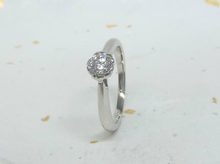 13122301プラチナの婚約指輪_S002.JPG