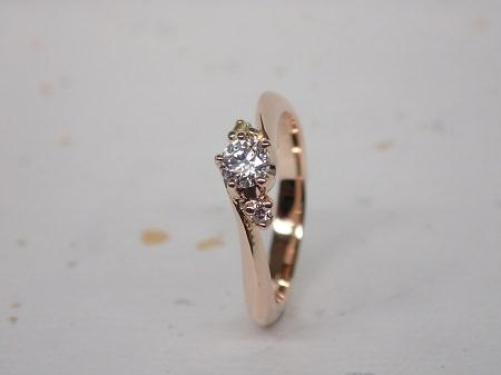 15032601ピンクゴールドの婚約指輪_M004.JPG