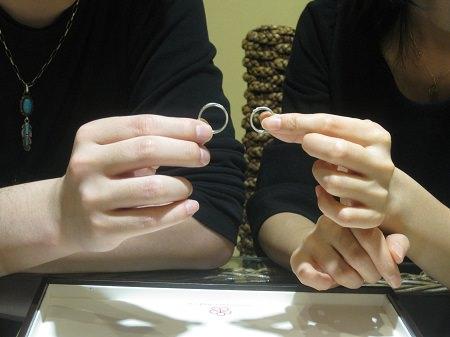 16042402杢目金の結婚指輪_2.JPG
