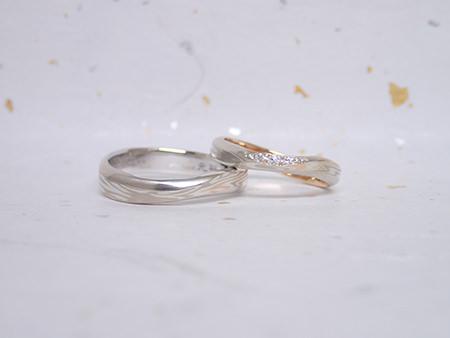 16062601木目金の婚約指輪と結婚指輪_F003.jpg