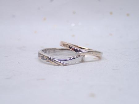 16122504杢目金の結婚指輪_N01 (5).JPG