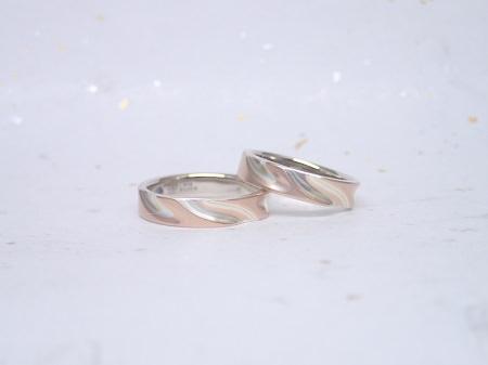 17052801杢目金屋結婚指輪_J004.JPG