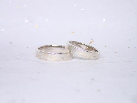 17062504杢目金屋結婚指輪_J004.JPG