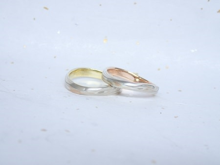 17100801杢目金屋結婚指輪_L004.JPG