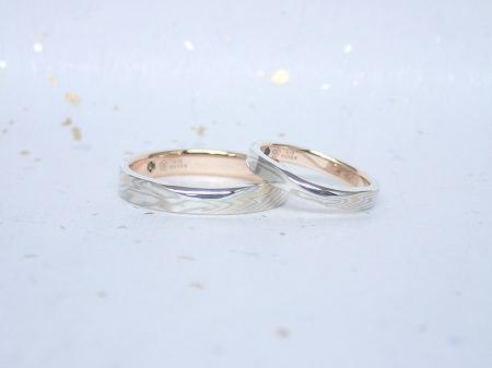 17111801杢目金の結婚指輪_C004.JPG