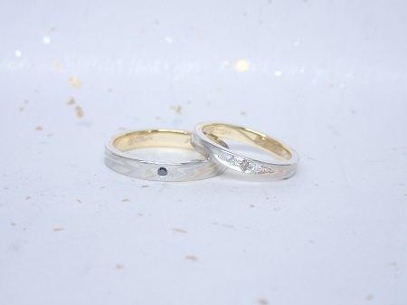 17111902杢目金の結婚指輪_C003.JPG