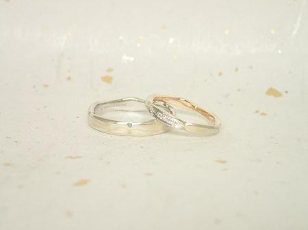 17112301杢目金の結婚指輪_S003.JPG