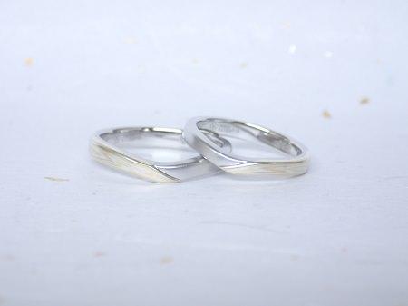 18030401杢目金の婚約・結婚指輪_U005.JPG