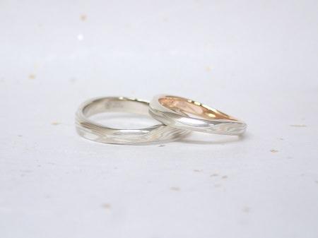 18071601杢目金の結婚指輪_Q003.JPG