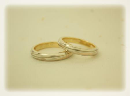 杢目金屋の結婚指輪.jpg