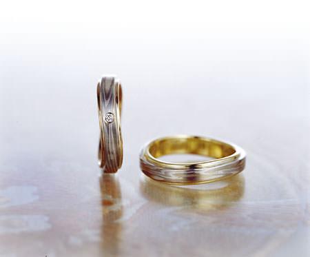 051304杢目金屋の結婚指輪.jpg