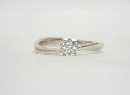 18052801杢目金の結婚指輪_C01.JPG