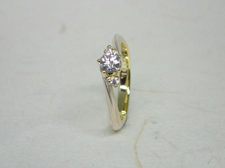 14101101K婚約指輪と結婚指輪003.JPG