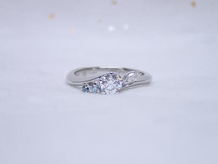 170120プラチナの婚約指輪N_002.JPG