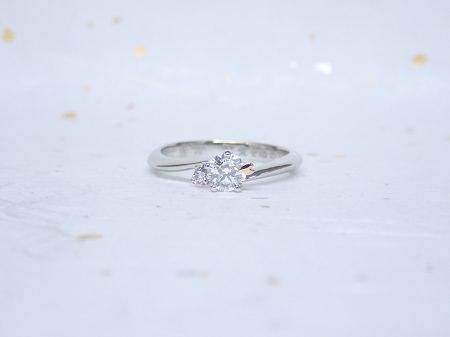 18113001杢目金屋の婚約指輪.JPG
