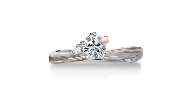 Engagement ring(Koi-kaze): ice-blue diamond on the surface