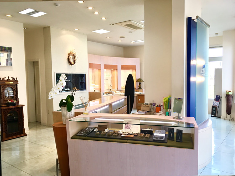Jewelry boutique AOBA、店舗内観写真
